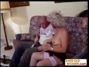 Жирная бабушка с внуком