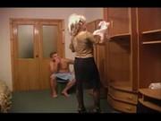 Русский папа с сыном ебут маму